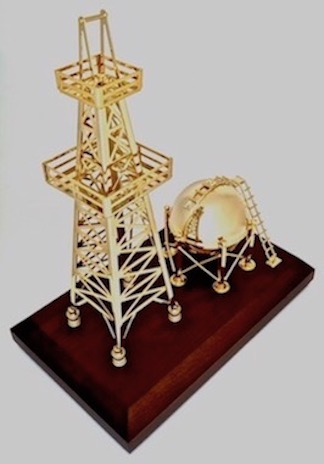 Trophy gift for the oil refining industry