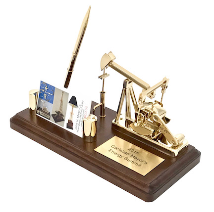 Oilfield oil well pumping unit model award gold plated with pen